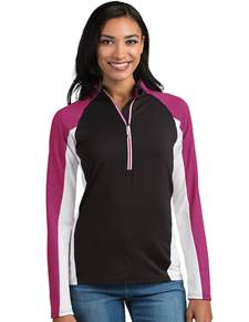 104147 - Women's Solace Black/White/Radish (Womens Outerwear Pullover)